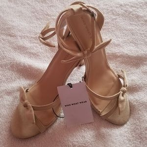 NWT-Cute Who What Wear Tan Heels w/Bow Ankle Strap